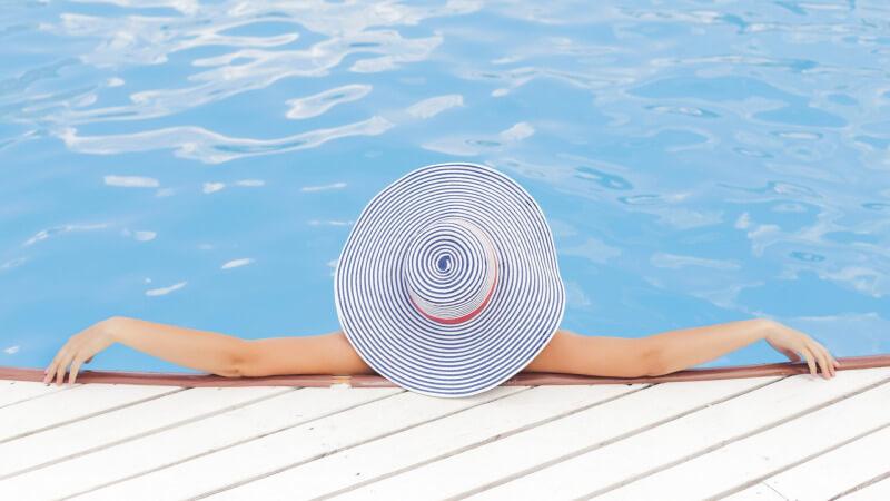 pool-690034