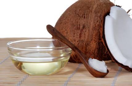 Kokosöl - ein natürlicher Zeckenschutz