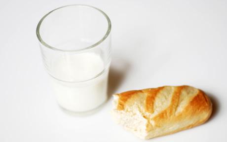 Mayr Kur nach F.X. Mayr - die Milch-Semmel-Diät