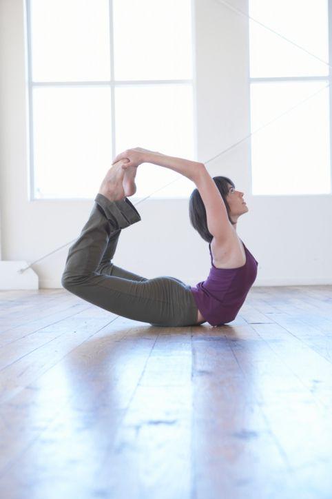 Die Asanas erhöhen die Flexibilität des Körpers
