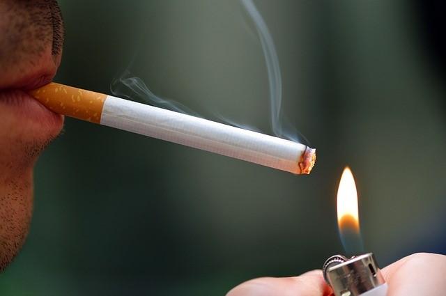 Zigarette anzünden